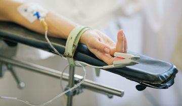 СМИ: хирург-самоучка едва не убил пациентку, снимая операцию на камеру