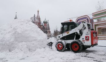 Более 60 тысяч человек задействованы в уборке снега в Москве