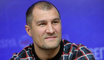 СМИ сообщили о переносе боя Сергея Ковалева из Москвы в США