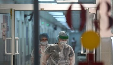 В России за сутки умерли 365 пациентов с COVID-19