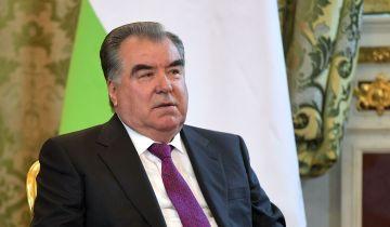 Президент Таджикистана примет участие в параде Победы в Москве