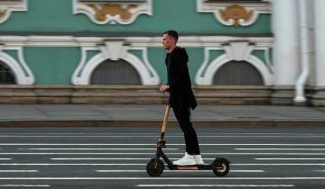В Петербурге возобновили работу сервисы аренды электросамокатов
