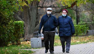 Москва не будет останавливаться из-за пандемии, заявил Собянин