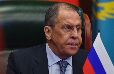 """Вашингтон проводит против Москвы """"тупую"""" линию, заявил Лавров"""