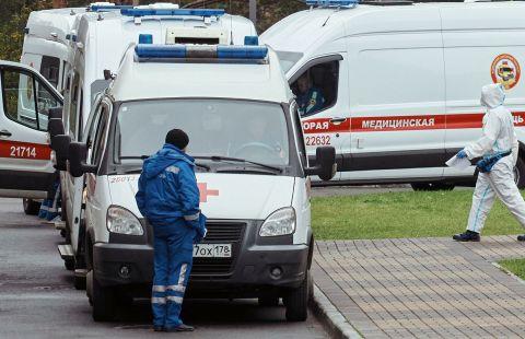 В России за сутки умерли 337 человек с коронавирусом