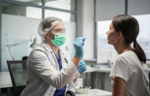 Где и как бесплатно можно сдать тест на коронавирус и антитела в Москве?
